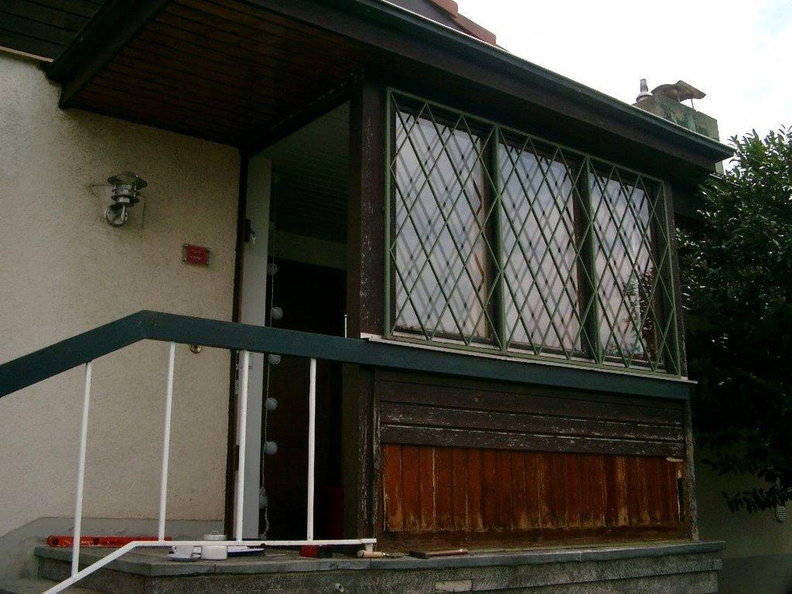 Großartig Moderne Hauseingänge Beste Wahl Renovierungsbedürftiger Windfang Aus Holz
